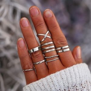 Jewelry - 8pc Plated Gold/Silver Ring Set